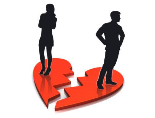 Divort. Pastrarea numelui dobandit prin casatorie. Decizie a Tribunalului pentru Minori si Familie Brasov